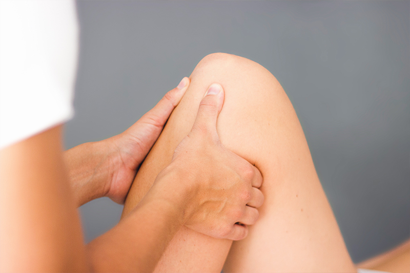 Pia Staab Osteopathie | Parietale Osteopathie am Kniegelenk